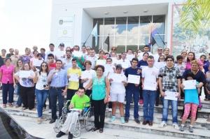 Emotivo acto de entrega de certificados en Casa del Bicentenario