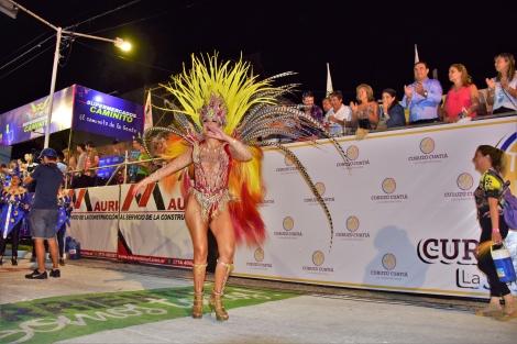 Fuerte apoyo del gobernador Valdés al Carnaval de Curuzú