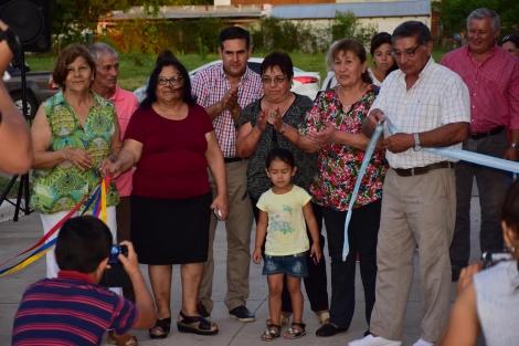 El intendente Irigoyen inauguró una nueva cuadra de pavimento y apertura de parterres en Avenida Laprida