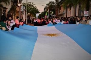 Solemne acto de izamiento de la bandera