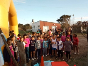 """Se realizó en el Barrio Porteño la I Prueba Atlética Infantil """"Corriendo por mi barrio"""""""