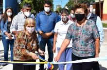 El intendente Irigoyen cumplió el sueño de vecinos de tener pavimento en su cuadra