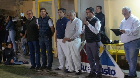 El Intendente inauguró el campeonato gigante de los barrios