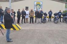 Entrega de motos y equipos para tránsito