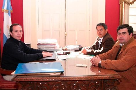 El Intendente Domínguez se reunió con Camau Espínola