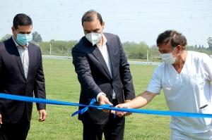 Irigoyen y Valdés inauguraron sistema de riego e iluminación del Club Victoria